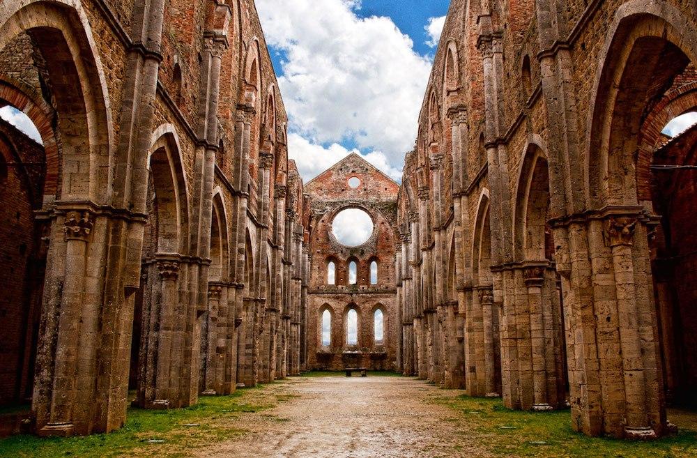 Меч в камне — секреты аббатства Сан Гальгано