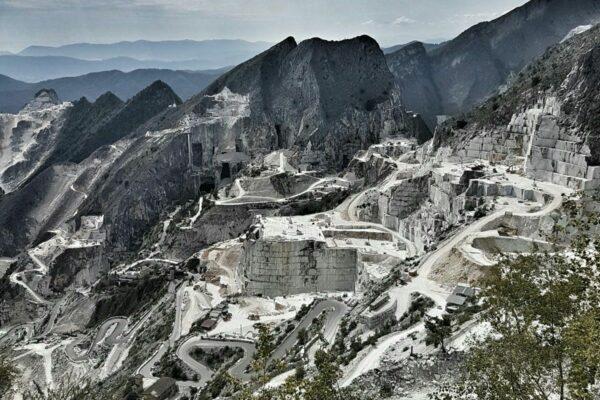 Мраморные карьеры Тоскана (фото)