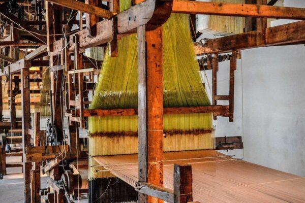 шёлкоткацкое производство во Флоренции (изображение 1)